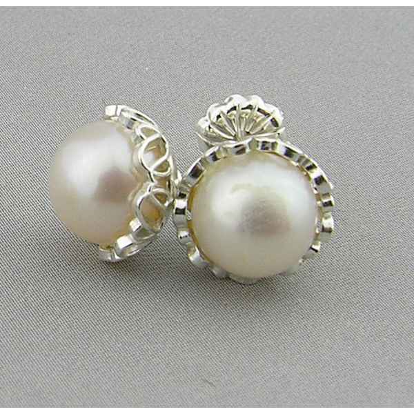 Handmade white A grade pearl sterling silver filigree post earrings