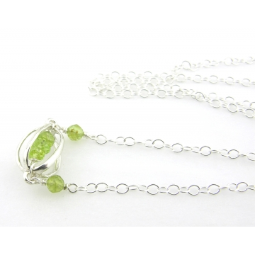 Caged Peridot Necklace - green lime handmade gemstone artisan srajd cserpentDesigns